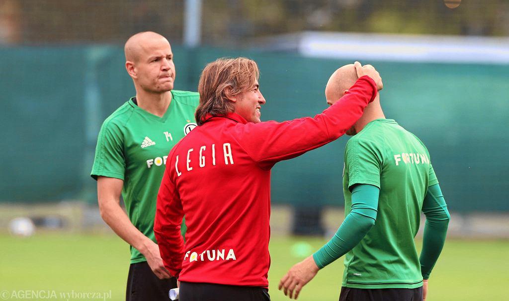 Michał Pazdan w rozmowie z trenerem Legii Sa Pinto