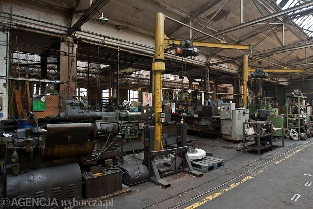 Zdjęcie numer 21 w galerii - Zwiedzali 150-letnią fabrykę obrabiarek na Wilczaku [ZDJĘCIA]