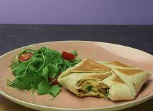 Jajecznica w tortilli - metoda na marudników - ugotuj