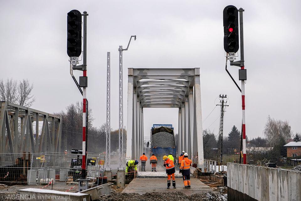 Plac budowy nowego przystanku PKP Rzeszów Zachód oraz przebudowa mostu kolejowego