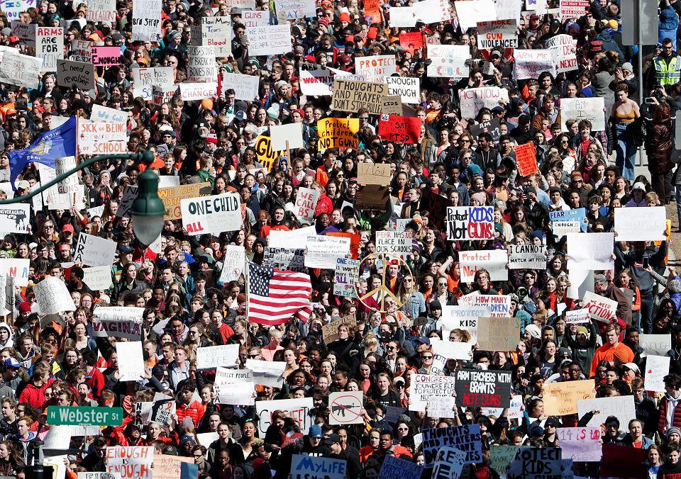 Amerykańscy uczniowie protestują przeciwko przemocy, Santa Fe 14.03.2018.