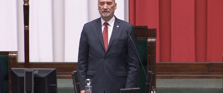 Popis Macierewicza na inauguracji Sejmu. Zapomniał przywitać prezydenta