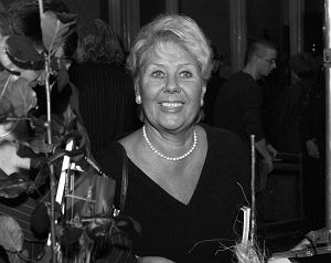 """Aktorka znana między innymi z seriali """"Czterej pancerni i pies"""", """"Złotopolscy"""" czy """"Zmiennicy"""" miała 82 lata. Krystyna Kołodziejczyk zmarła w poniedziałek, 13 września 2021 roku."""