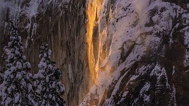 Wodospad Horsetail w Parku Narodowym Yosemite w Stanach Zjednoczonych