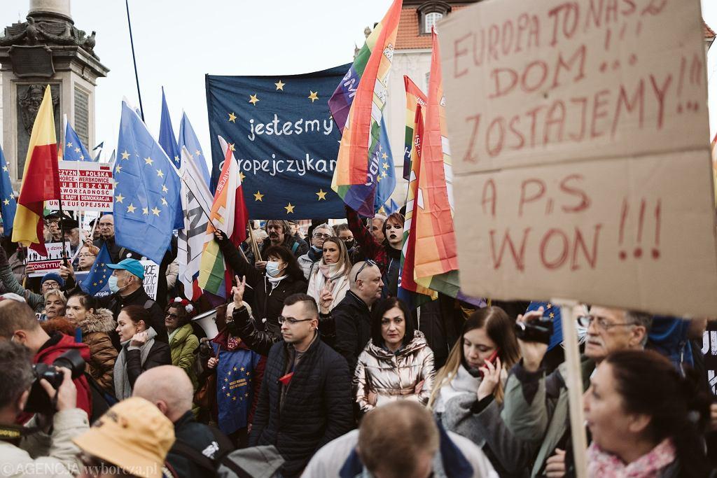 10.10.2021, Varșovia, Protest după hotărârea Tribunalului Constituțional din Julia Prepska.