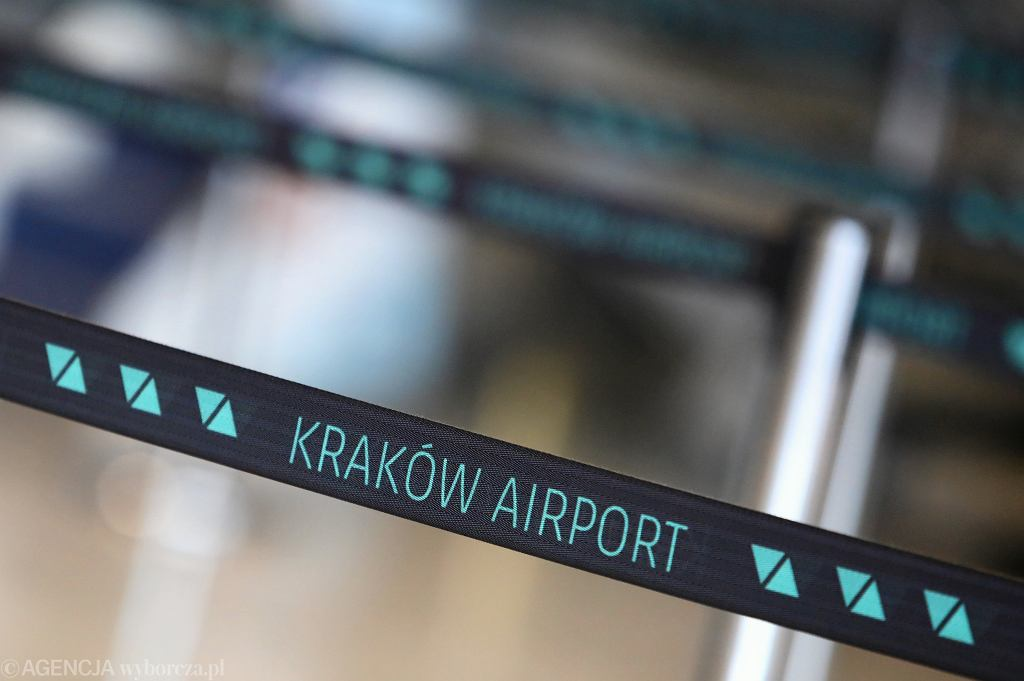 Kraków. Liczne utrudnienia na lotnisku w Balicach (zdjęcie ilustracyjne)