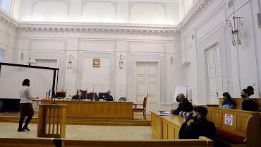 Przed płockim sądem odbywa się pierwsza rozprawa aktywistek oskarżonych o obrazę uczuć religijnych