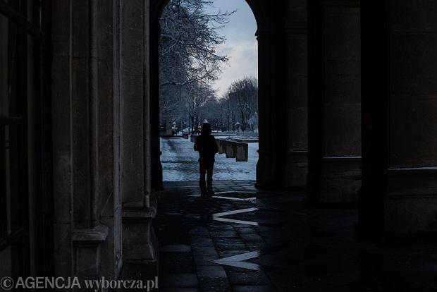 Zdjęcie numer 23 w galerii - Zima w Krakowie - śnieg przykrył ulice, domy, parki [GALERIA]
