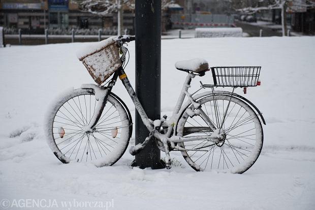 Zdjęcie numer 13 w galerii - Wrocław pod śniegiem. Zobacz zimowe zdjęcia z centrum miasta [FOTO]