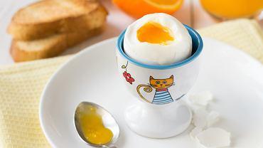 Jajko w diecie dziecka jest źródłem wielu cennych składników odżywczych. Można je podać na wiele sposobów, urozmaicając jadłospis niejadka czy malucha, który nie chce jeść mięsa
