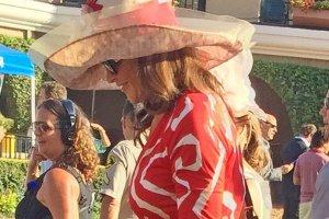 Caitlyn Jenner na otwarciu wyścigów konnych w Del Mar