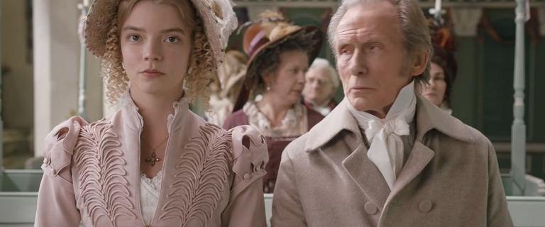 """Nowa ekranizacja """"Emmy"""" pokazuje wcześniej ukrytą historię miłosną. Krytycy zachwyceni"""