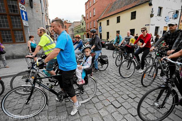602c40b4752cbb Sezon wyprzedaży rozpoczęty. Jaki rower wybrać?