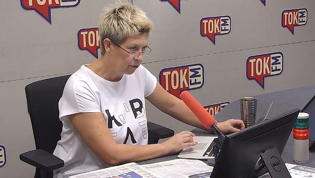 Dorota Warakomska w studiu TOK FM.
