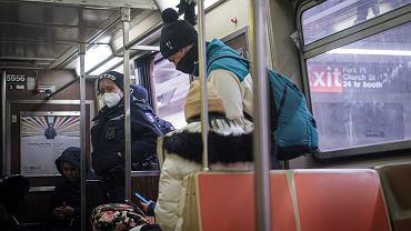 Policyjne patrole w nowojorskim metrze