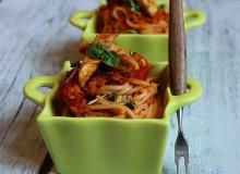 Spaghettti z soczewicą i grillowanymi polędwiczkami drobiowymi - ugotuj
