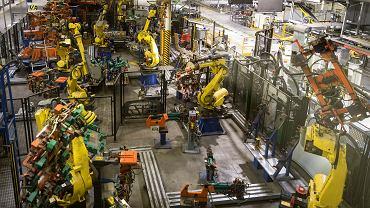 Koronawirus wstrzymał fabryki. Na zdjęciu fabryka Opla w Gliwicach, gdzie produkcja była wstrzymana do początku maja.