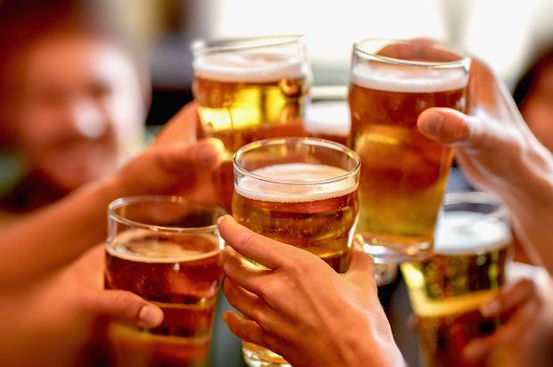 """Bar w Kopenhadze """"serwuje"""" testy na COVID-19. Robisz badanie, czekasz na wynik i pijesz darmowe piwo"""