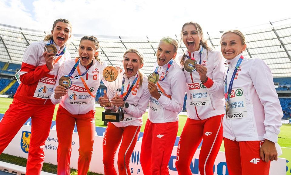 Zdjęcie numer 1 w galerii - Ponownie złota polska drużyna lekkoatletyczna, a w niej Kornelia Lesiewicz