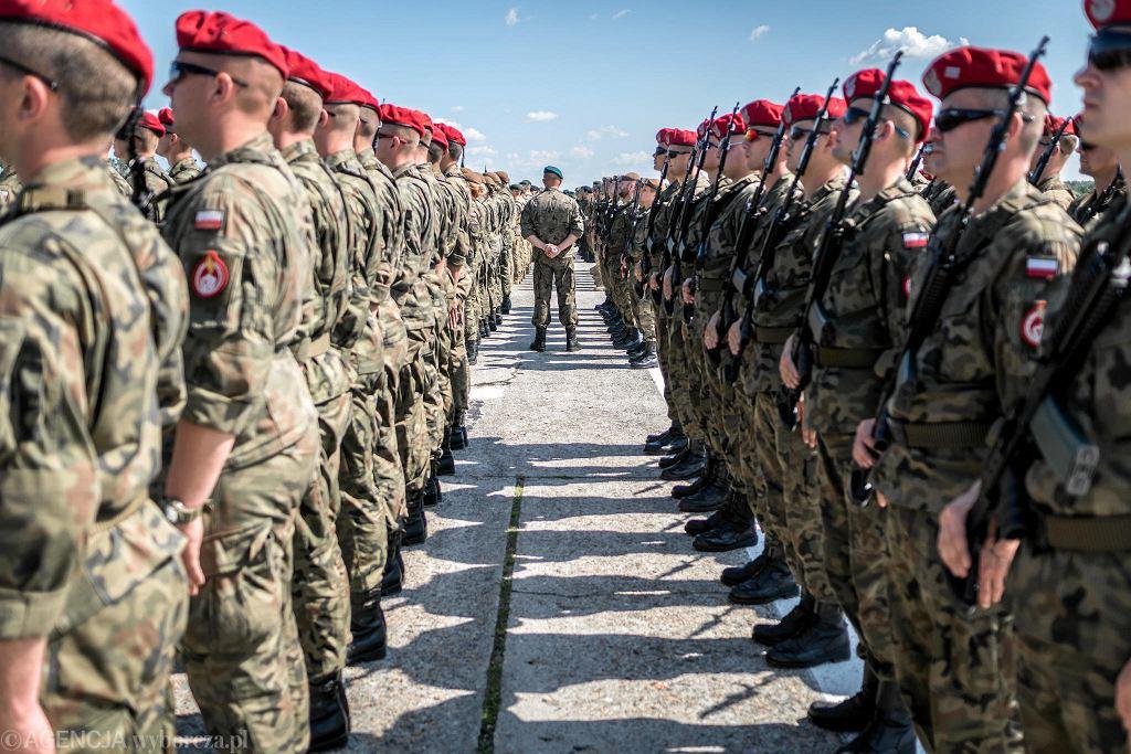 Próba defilady wojskowej. Przygotowania do święta Wojska Polskiego