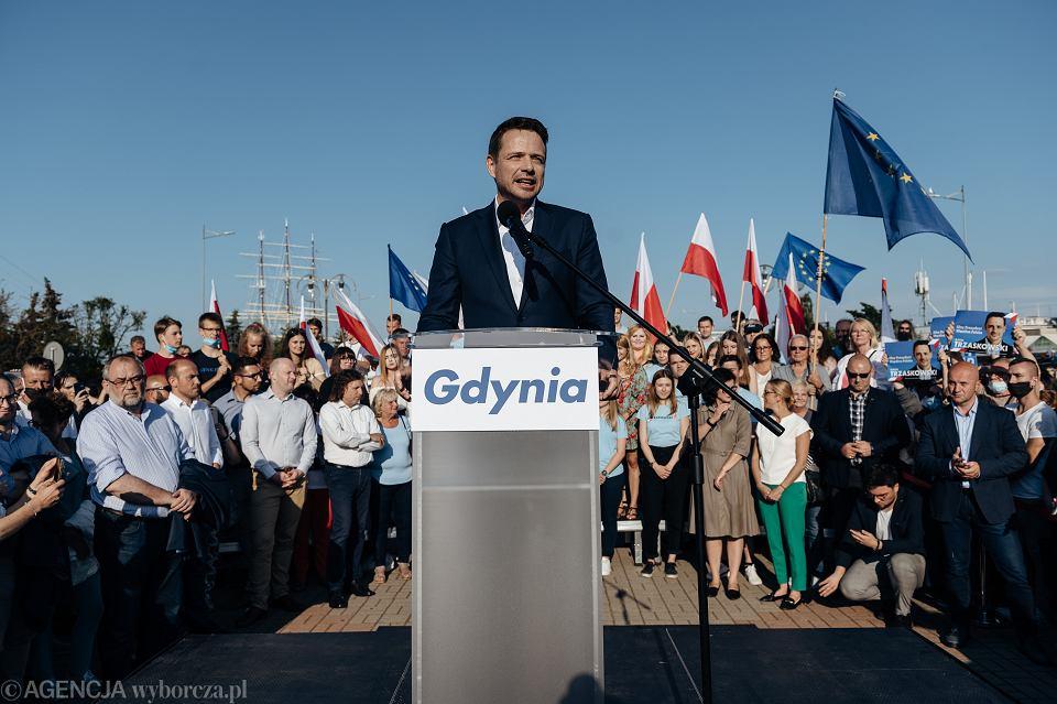 Rafał Trzaskowski podczas spotkania w Gdyni