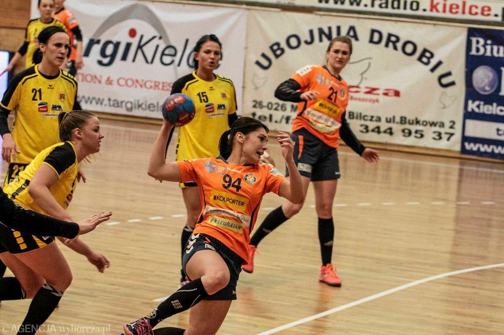 Magda Kędzior podczas meczu Korona Handball - SPR Olkusz
