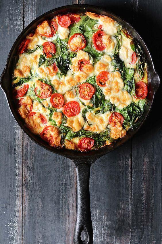 Do frittaty można użyć praktycznie wszystkich warzyw