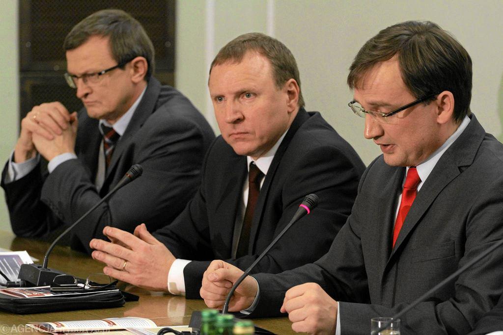 Tadeusz Cymański, Jacek Kurski i Zbigniew Ziobro podczas posiedzenia Rady Głównej Solidarnej Polski, styczeń 2014, Sejm
