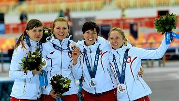 Katarzyna Woźniak, Natalia Czerwonka, Katarzyna Bachleda-Curuś i Luiza Złotkowska, medalistki z Soczi