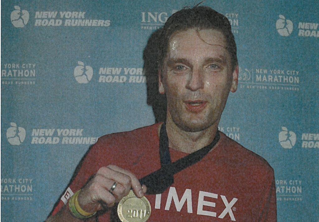 Tomasz Lis po maratonie w Nowym Yorku