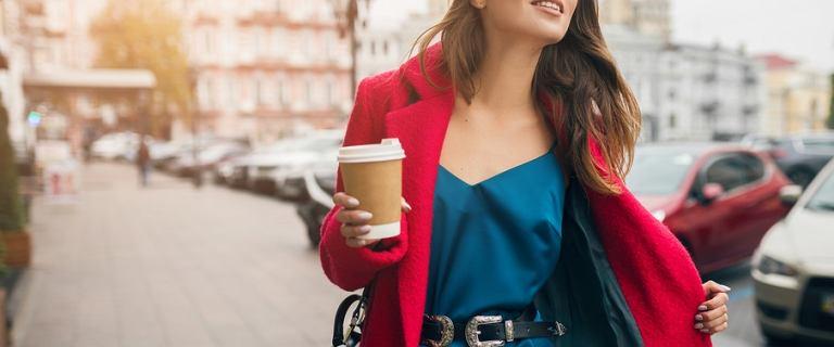 Modne kolory 2019/2020: zobacz na jakie barwy warto postawić jesienią i zimą