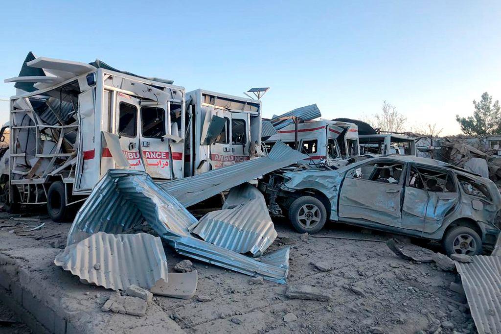 Afganistan: około 20 osób zginęło w wybuchu samochodu- pułapki.