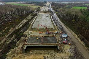 Pieniądze z UE pomogą zbudować kolejne drogi. GDDKiA ma umowę na 1,3 mld zł na A2 i S6