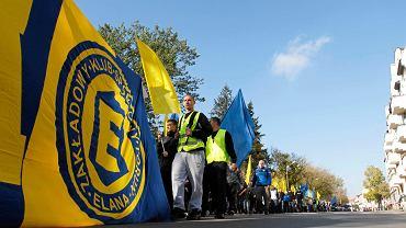 marsz szalikowców Elany