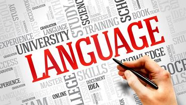 Coraz więcej młodych Polaków w wieku licealnym zdaje certyfikaty językowe. I to na najwyższe oceny!