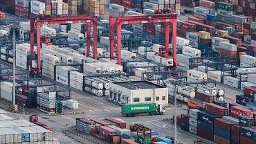 Rośnie napięcie handlowe między USA a Chinami
