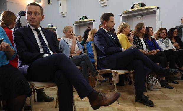 Paweł Rabiej i Rafał Trzaskowski w czasie kampanii wyborczej do parlamentu w 2019 r.