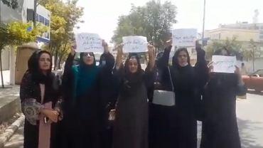 Kobiety protestujące w Kabulu w Afganistanie