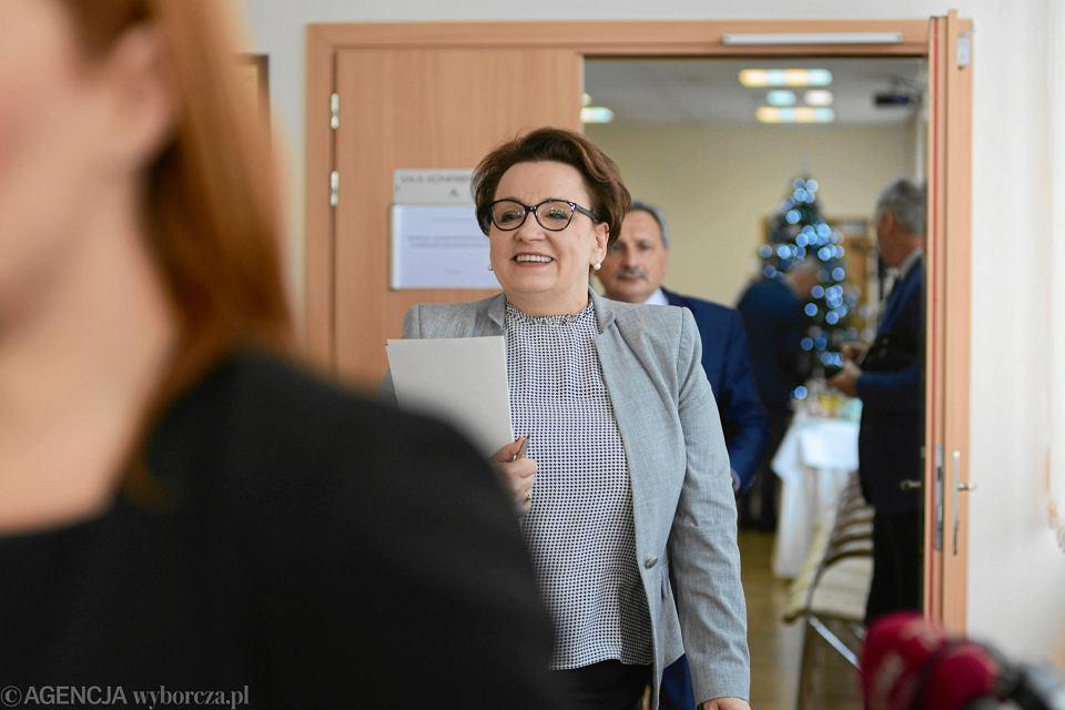 7.01.2019, Warszawa, minister edukacji narodowej Anna Zalewska po spotkaniu ze związkami zawodowymi