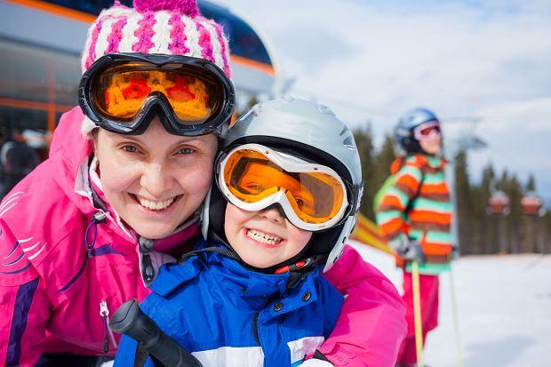Ferie zimowe w 2020 - jak zaplanować wypoczynek zimowy dzieci