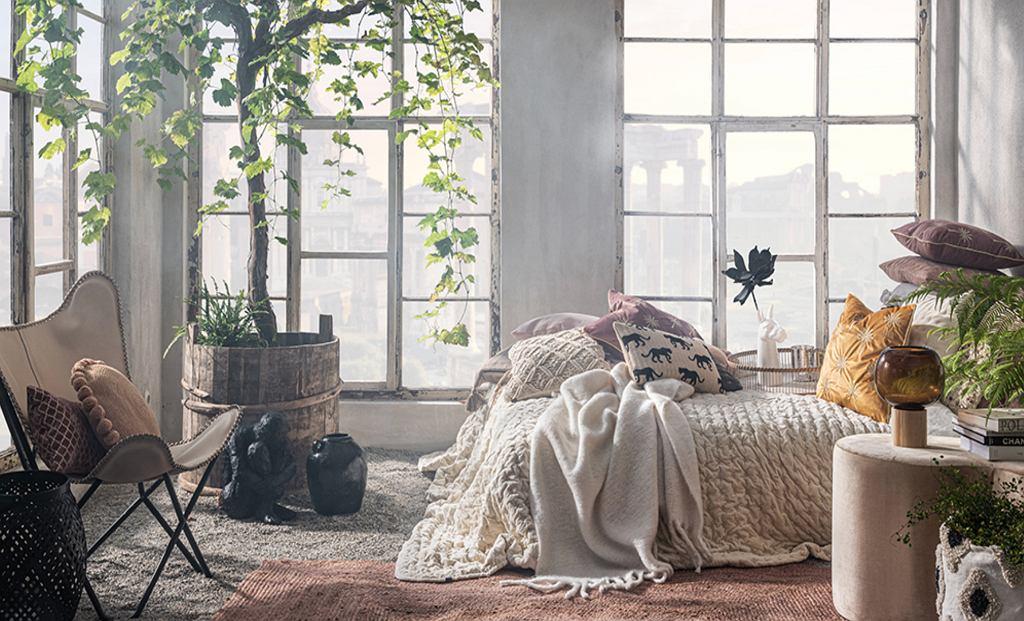 Poduszki dekoracyjne.