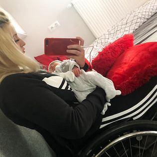 Mama na wózku: Nigdy nie pójdę z dzieckiem na spacer na własnych nogach i nie wykonam wielu innych czynności