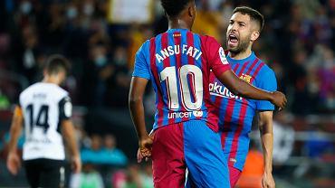 Kibice FC Barcelony przerażeni. Gwiazda zespołu ponownie ma problemy z kolanem