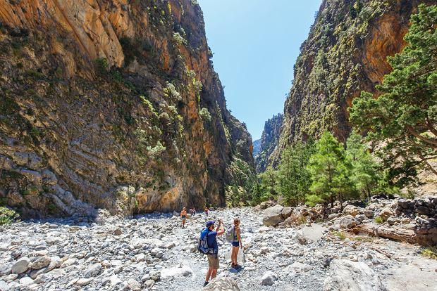 Wąwóz Samaria to popularny cel turystycznych wycieczek