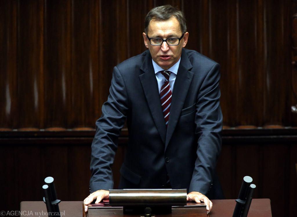 Prezes Instytutu Pamięci Narodowej Jarosław Szarek składa ślubowanie. Warszawa, 23 Posiedzenie Sejmu VIII Kadencji, 22 lipca 2016