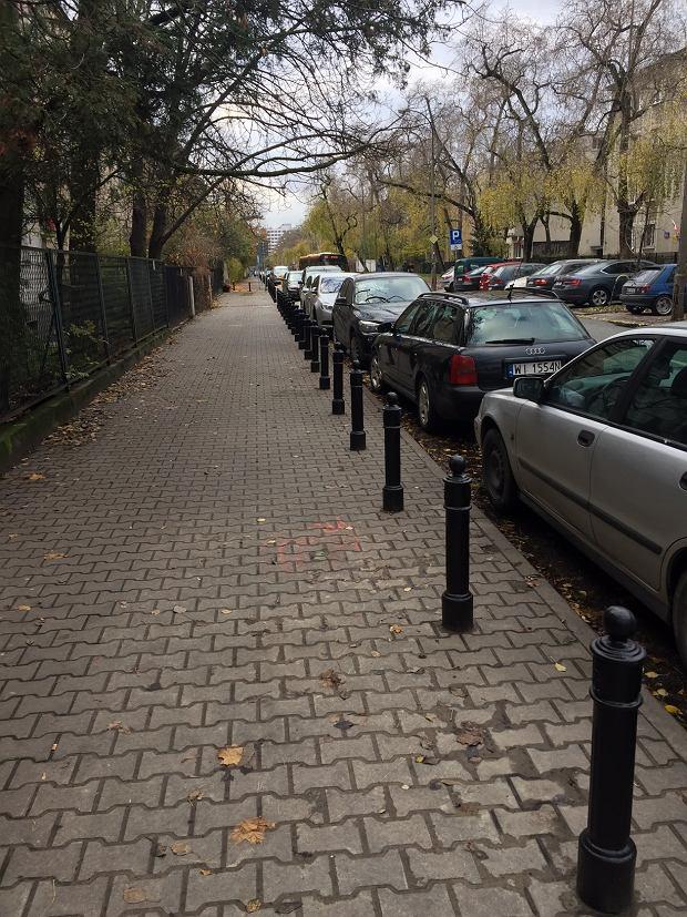 Miejsce na chodniku