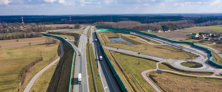 Ile ma liczyć sieć dróg szybkiego ruchu w Polsce i kiedy ją w pełni wybudujemy?