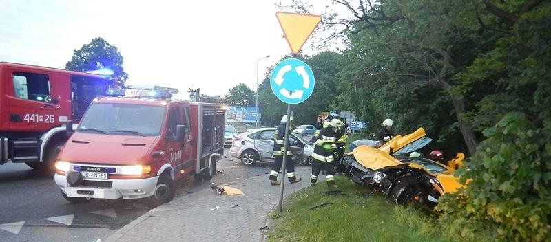 Najczęstszą przyczyną wypadków w Polsce jest brawura.