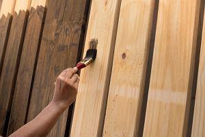 Czym i jak pomalować panele ścienne?