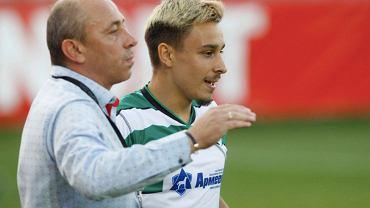 Ilian Iliev Jr. oraz trener Czerno More Warna podczas meczu. Źródło: Facebook